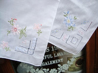 Wholesale cm cm High quality manual embroidered drawnwork cotton handkerchief for wedding party