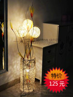 Wholesale Brief fashion ofhead coffee table rustic rattan lighting vase floor lamp