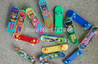 baby shop direct - Factory direct sales cm Creative finger movement Mini finger skateboard baby toys A variety of patterns free shopping