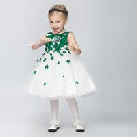al por mayor cinta para el vestido de color verde oscuro-2015 Hermoso verde oscuro Tulle vestido de niña vestido de bola vestido de bola Jewel Tutú vestidos para el banquete de boda con la cinta de flores hechos a mano