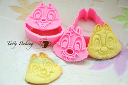Wholesale Low Price Cute one pair Chip N Dale Plunger Cookie Fondant Cake Chocolate Decorating Mold biscuit Cutter Baking Tools