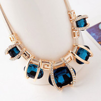 Wholesale High Quality New Fashion Women Vintage Jewelry Pendant Necklaces For Women Statement Chokers Necklaces Jewelry