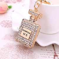 rhinestone keychain - Fashion Rhinestone Perfume Bottle Keychain creative novelty trinket key chain holder women bag amp car Accessories Souvenir gifts