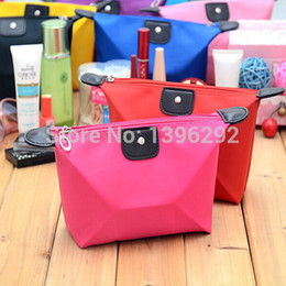 Wholesale korean cosmetic bags maleta de maquiagem clutch makeup bag travel organizer necessaries storage box malas para viagem handbag