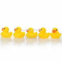 all'ingrosso giocattoli di gomma per i bambini-Lotti DI SUCCESSO All'ingrosso-giallo caldo del bambino bambini giocattoli da bagno Carino Rubber Duck Squeaky Ducky 20Pcs trasporto libero