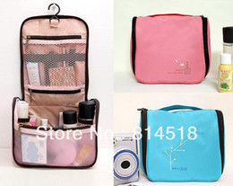 Wholesale Print Cosmetic Toiletries Kits vanity case bath product organizer traveling bag