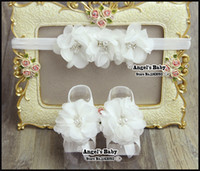 Wholesale Pearl Baby Headbands Flower Sandal Set Baby Shower Gifts Baby Girl Boots Sapato Menina Baptism Shoes Hair Accessories B1944