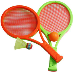 Juguete de la raqueta de tenis en Línea-Al por mayor de (2 raqueta y la bola 2) juguetes de la seguridad de los niños niño niños pistas de bádminton al aire libre juego de deportes