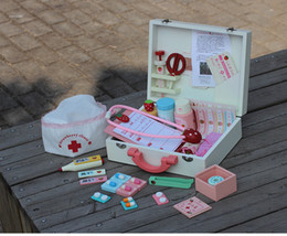 Wholesale Hot Sale Girl Roll Play Strawberry Doctor Trunk Play House Wooden Toy Medicine Cabinet Kids Toys Gift