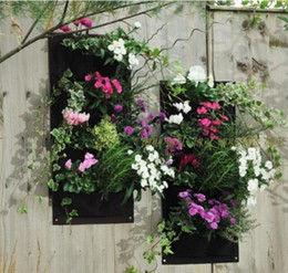 Wholesale Novelty Pockets Vertical Garden Planter Wall mounted Polyester Hanging Flower Pots Living Indoor Wall Planter
