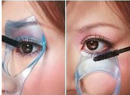 Wholesale Min order is mixed order Simple makeup three dimensional crystal triple eyelashes card mascara baffle