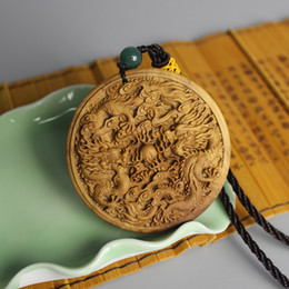 Wholesale The goods Australia sandalwood sandalwood Dragons play the parts listed Ping car hanging tag craft carved Dragons