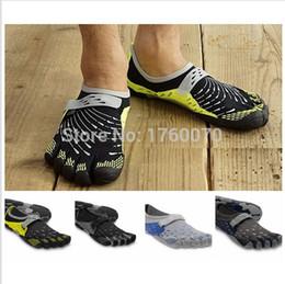 Wholesale Calidad al por mayor de alta colores Senderismo Escalada Zapatos Hombres Barefoot atléticos Pisos cinco deportes al aire libre impermeable Zapatos Zapatillas Fingers