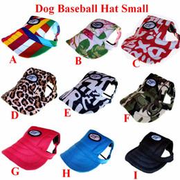 Головные уборы для собак для продажи-Оптово-собака Бейсбол Hat Cap Лето Холст только для маленьких собак Pet Outdoor Accessories Открытый Туризм Спорт