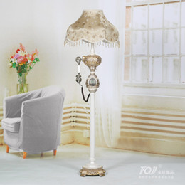 Wholesale Tuen odd living living room floor lamp Antique vintage antique table lamp telephone in the lobby floor lamp