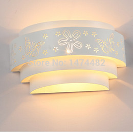 Wholesale New arrival Modern indoor Iron Butterfly Wall Lamps Wall Light Sconces Surface Mounted kitche cabinet ikea bathroom light