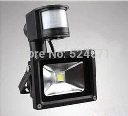 Wholesale LED Flood Light PIR Motion sensor Induction Sense W W W W W V detective Sensor lamp LED projector front lamp