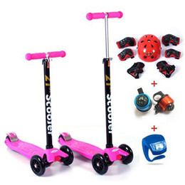 Wholesale SCOOTER SET High Quality Child Tricycle Height adjustable Scooter bell lamp kneepad Helmet in