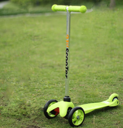 Wholesale Adjustable wheels flash Kick Scooters Pedal scooter Foot Scooters for children