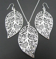 Sterling Silver   WHOLESALE--Fashion Jewelry 925 sterling silver charming leaf heart necklace&earring jewelry set