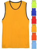 Wholesale The Football Training Vest Basketball Clothes Men Wear Victoria Neutral Substance Suitable Drying Breathable Ripstop Style