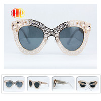 Wholesale 2016 new arrival brand designed gafas de sol men women metal polaroid lens high quality engraving lace fashion floral sunglass