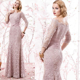 Charming Long Sleeve Mother Of The Bride Dresses Lace Applique Long Wedding Formal Dress Pink Ruched Mother's Prom Gown