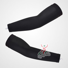 2014 all BLACK Cycling Arm Warmers   Cycling Arm Sleeve   Cycling Sleeves   Arm warmers All In Stock Free Shipping