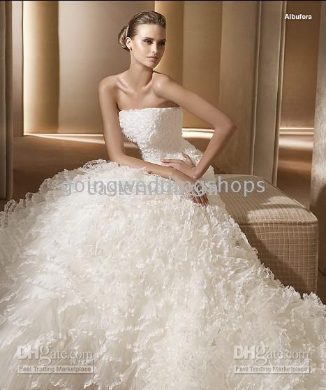 Discount brand name wedding dress strapless wedding for Brand name wedding dresses