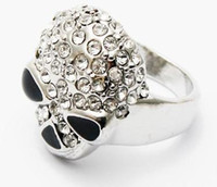 Wholesale Man s Personalized fashion skull ring