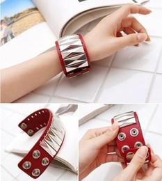 Fashion Leather Snap Rivet Bracelet Vintage Bangle Bracelets Classic Wide Style Design Women's xmas gifts 20pcs