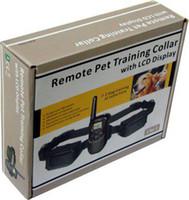 Дешевый Две собаки-Два удара тренировки собаки Ошейники с 100 уровней и ЖК-дисплей Пульт дистанционного управления для собак 10pcs / Lot