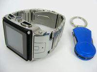 Venta por mayor - W818 impermeable reloj teléfono acero inoxidable 1,5 pulgadas cuatribanda táctil pantalla reloj celular ph