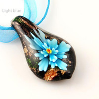 Wholesale leaf flower inside Italian venetian glitter lampwork blown murano glass pendants for necklaces high fashion jewelry Mup025