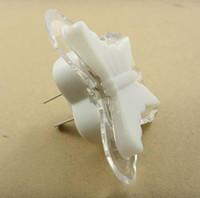 Venta al por mayor-Mariposa LED Luz de noche encantadora Extremadamente Energía Inteligente y Especial Romántico