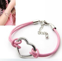 Wholesale Hot Selling Fashion Beautiful Leather Bracelet With Heart Charm