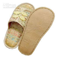 Wholesale Women s Fashion Indoor Slippers Designer Slipper China knot Silk Embroider Slippers pair Free
