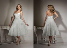 Wholesale Hot Gorgeous Bride Gowns Lace Appliques Knee Length A Line Short Sweetheart Bridal Wedding Dresses