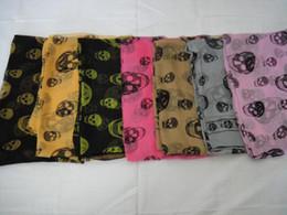2017 mejores bufandas de moda EMS que envía los mantones de seda a estrenar de las bufandas del cráneo de la manera de la bufanda del 100% de las bufandas con el regalo de las etiquetas 20pcs / lot superventas descuento mejores bufandas de moda