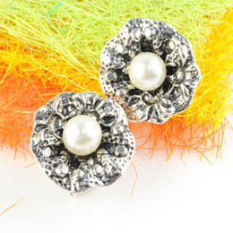 New Design Earrings, Button Pearls, Fashion Alloy Earring, Studs And Spikes Style Clasp, ER-524