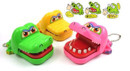 novelty items children gift,magic Crocodile Mouth Dentist Bite Game Toys Party Keychain