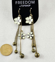 Wholesale Topshop European Vintage Retro style white flower Earrings Dangle Earring party favor xmas gift H602