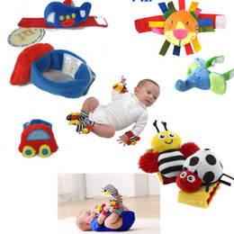 New Lamaze  Cartr Garden Bug Wrist Rattle Foot Set foot Finder High Contrast Foot Finders baby toys