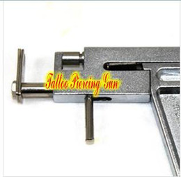 Wholesale Hot selling Steel Ear amp Tattoo Body Piercing Gun pairs of silver studs