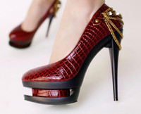 Wholesale Red New arrival Style Hot Sale Specials luxury Snake chain platform Heels Shoes US5