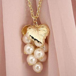 Fashion necklace, pearl grapes necklace, pearl necklace, chain jewelry hot Korean star sweater.