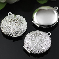 Wholesale DIY mm Silver European Antique Hollow out Locket Vintage Pendants Box Photo Locket Jewelry finding