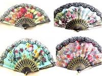 achat en gros de cadres ornement-100pcs main espagnols fans de Black Frame ou cadre blanc Fan Dentelle Fantaisie Robe de mariée femme ornement