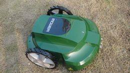 Wholesale intelligent Lawn mower Grass mower Lawn mower Robot Grass cutter Remote Controller Li ion Battery