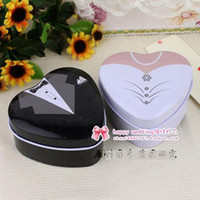 Wholesale Bride and Groom Wedding Favours Bomboniere Tin Boxes Classic Dressed to the Nines set of